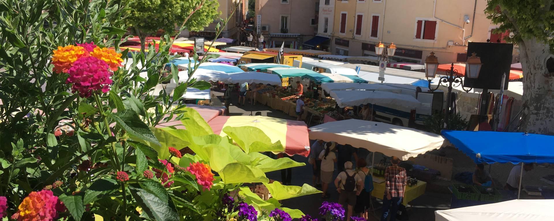Luberon Apt Bonnieux Roussillon Ocres Provence Saignon Ménerbes Parc du Luberon Lavande Marché