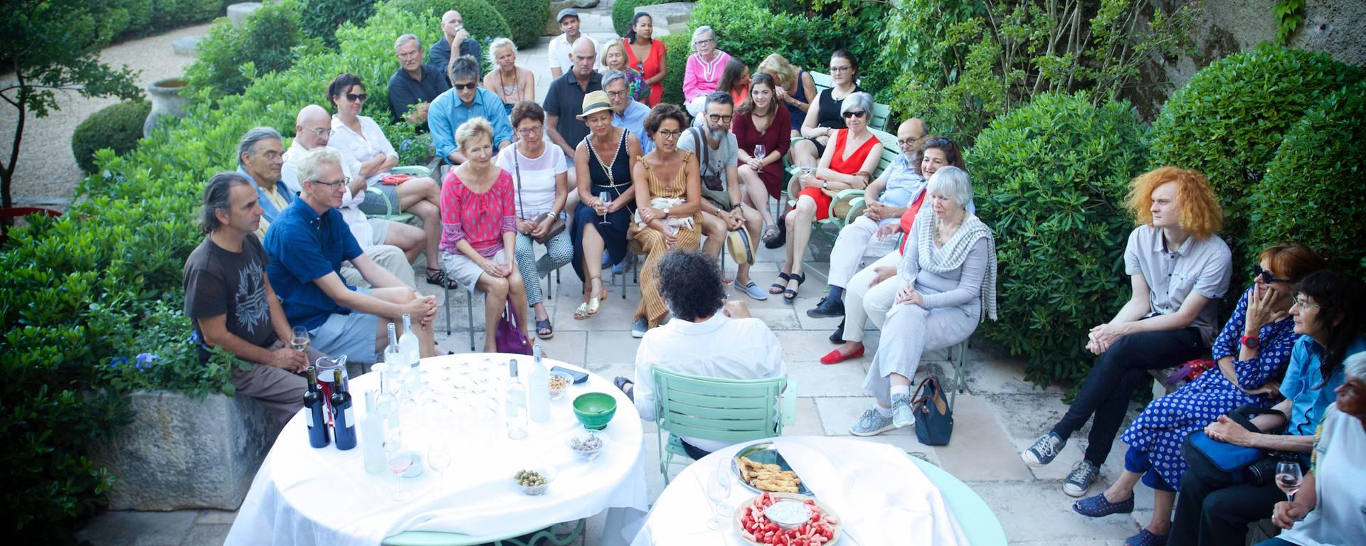 Ménerbes Maison Dora Maar Luberon Pays d'Apt Brown foundation