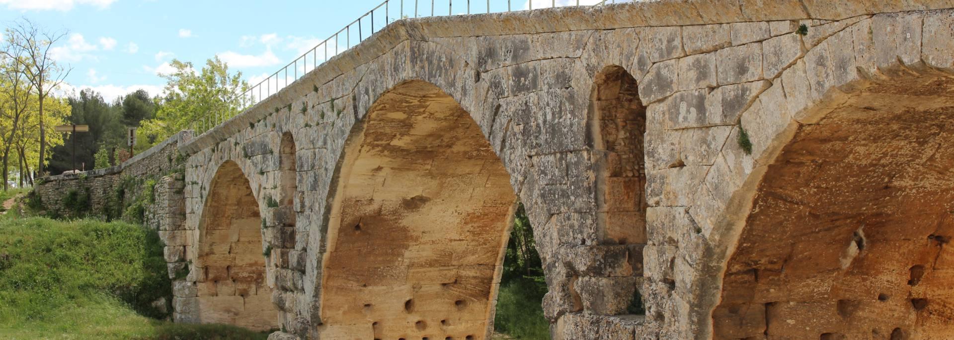 Pont Julien | Vestiges romain | Via domitia | Pont |