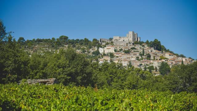 Lacoste, village perché du Luberon