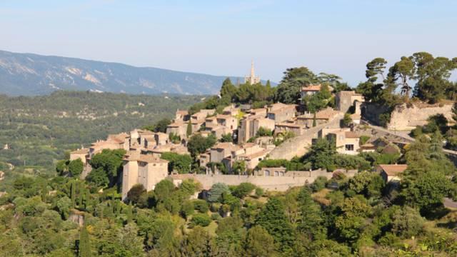 Village perché dans le Luberon - Bonnieux