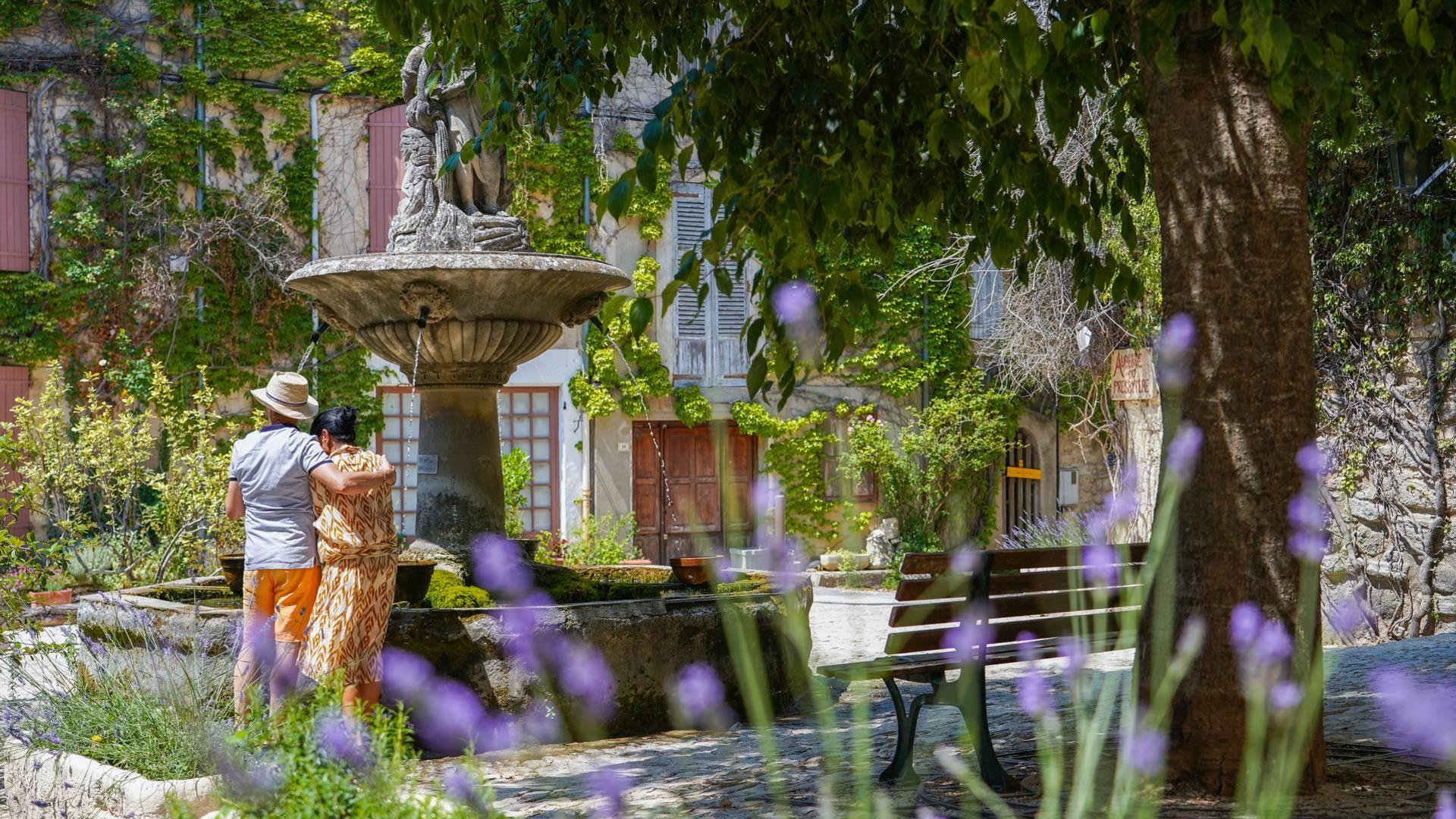 Villages du Luberon | Saignon | Week-end en Luberon | Réserver un hôtel |