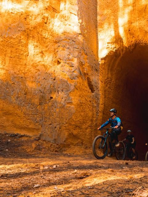 Luberon | VTT | Sortie vélo | Luberon Bike Shop | Itinéraires | Ocres | Activités sportives | Sorties guidées et encadrées