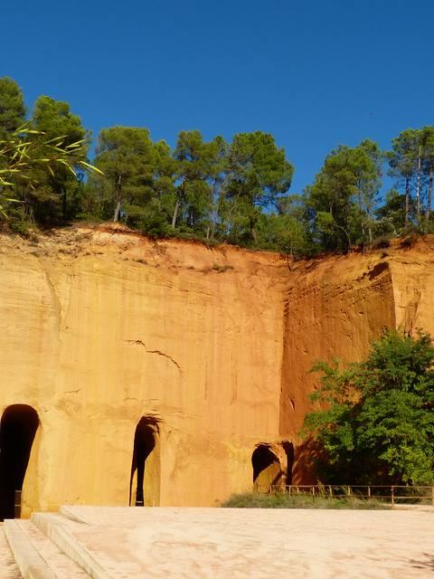 Mines de Bruoux à Gargas | Carrière d'Ocres | Ocres du Luberon | Massif des Ocres du Luberon