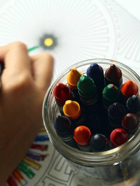 Coloriage jeux enfants confinement activité occupation dessin