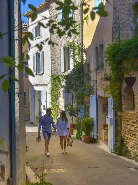 Ruelles du village de Goult dans le Luberon