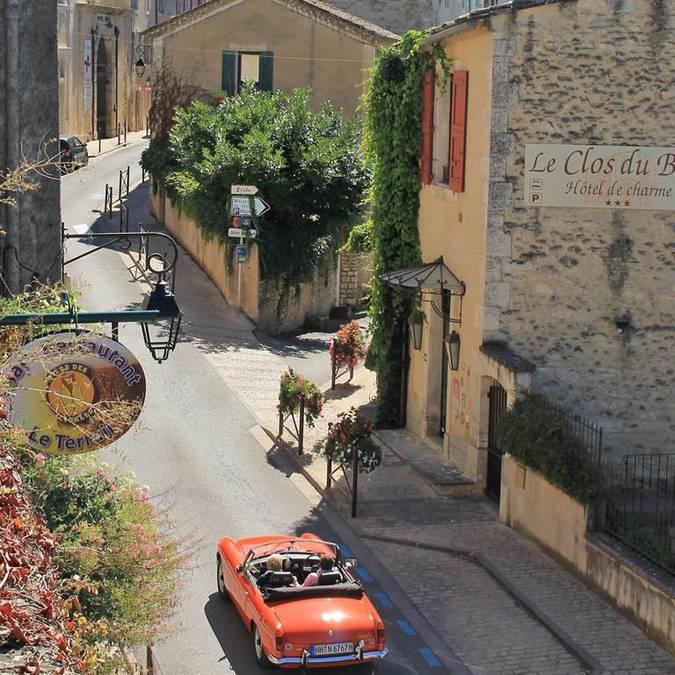 Village de Bonnieux | Voiture | village du Luberon