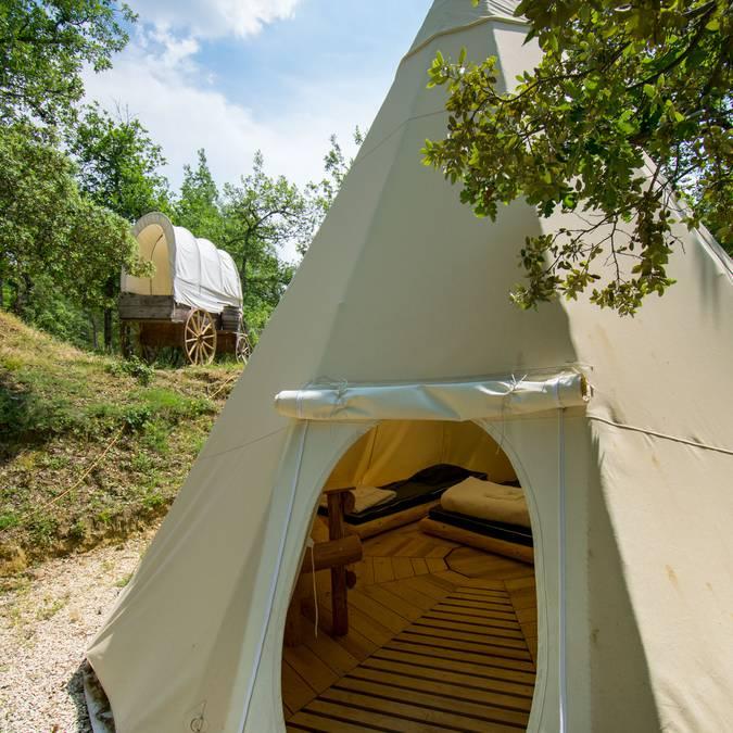 Tipi | Camping | Hébergement insolite