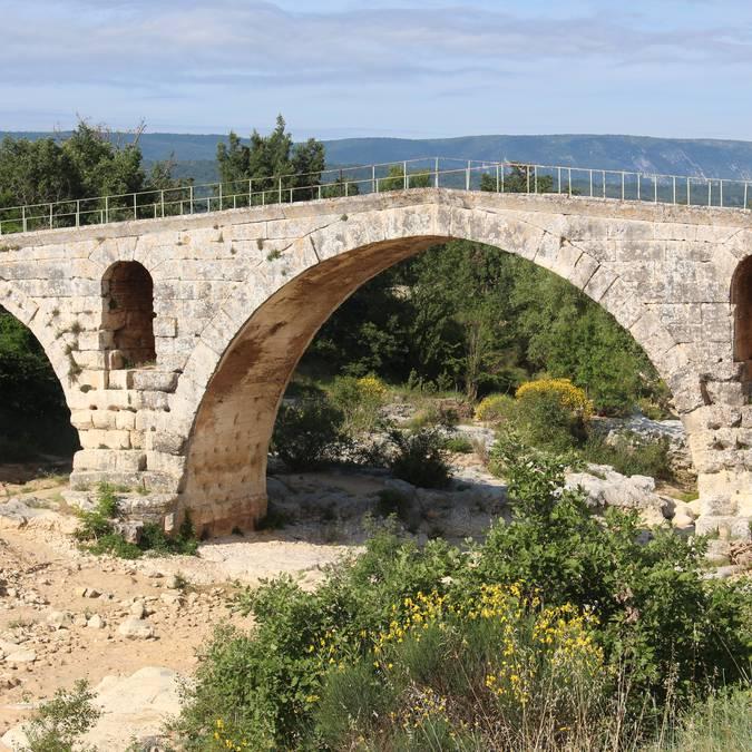 Pont Julien | Pont romain 3 arches | Vaucluse