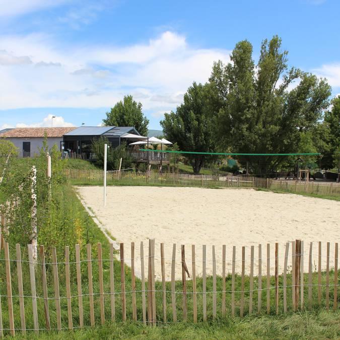 Plan d'eau de la Riaille | Base de loisirs | Terrain de Beach Volley