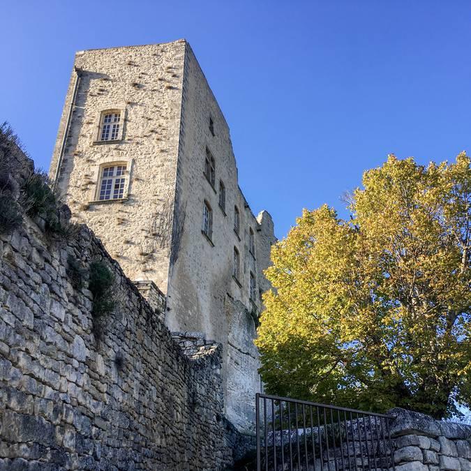 Château | Village