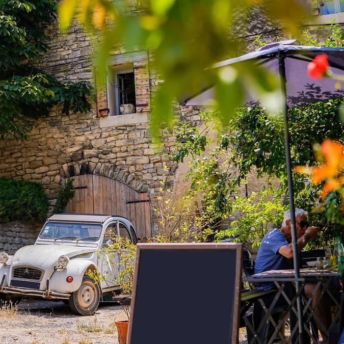 Saignon | Village perché | Voiture |  2CV | Deuche