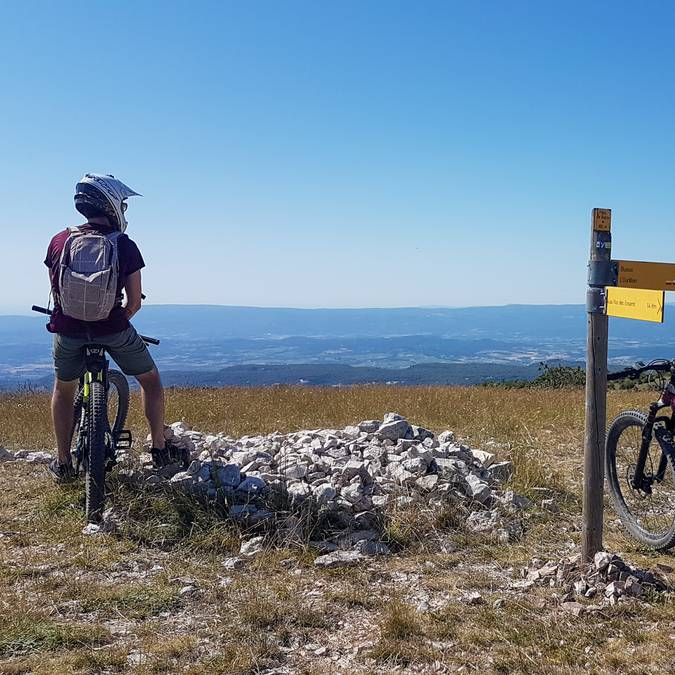 VTT | Crêtes du Luberon | Activités Sportives | Vue panoramique | Sommet du Luberon