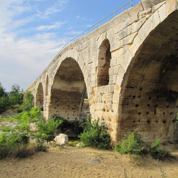 Pont Julien - Pont romain | Via Domitia | Bonnieux